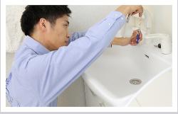洗面所のトラブルのイメージ